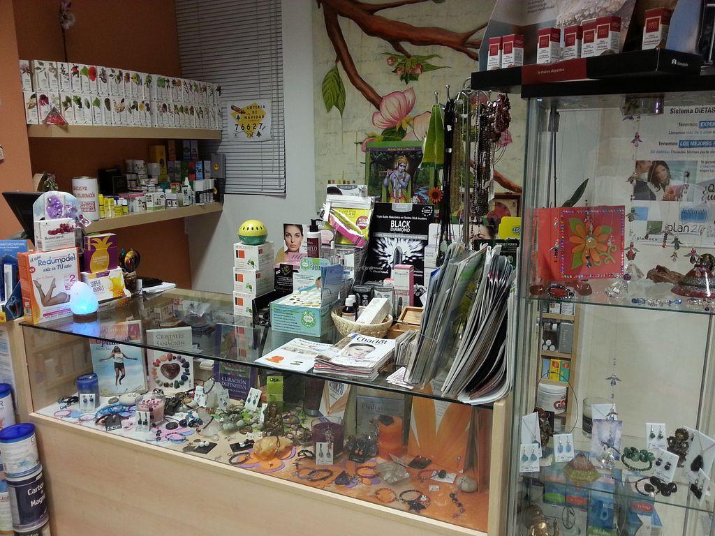 "Photo of Esencias de la Tierra  by <a href=""/members/profile/estefinparis"">estefinparis</a> <br/>View of the shop <br/> August 7, 2015  - <a href='/contact/abuse/image/60255/112632'>Report</a>"