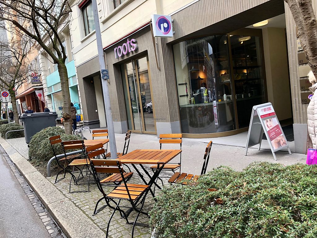 """Photo of Roots - Lintheschergasse  by <a href=""""/members/profile/marky_mark"""">marky_mark</a> <br/>outside <br/> March 27, 2018  - <a href='/contact/abuse/image/60269/376727'>Report</a>"""