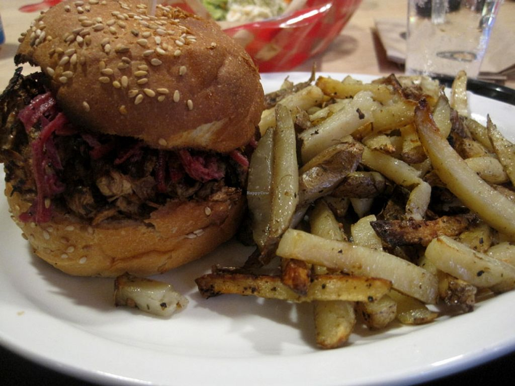 """Photo of Copper Branch - Maisonneuve  by <a href=""""/members/profile/Babette"""">Babette</a> <br/>Oven-baked fries and shiitake teriyaki burger. The fries are a bit lemony and the burger is really tasty. It makes you feel like you are eating good junk =) <br/> November 19, 2015  - <a href='/contact/abuse/image/60358/125514'>Report</a>"""