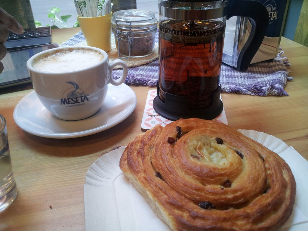 "Photo of La Margherita  by <a href=""/members/profile/Joyatri"">Joyatri</a> <br/>Raisin and cream croissant <br/> July 16, 2016  - <a href='/contact/abuse/image/60364/160200'>Report</a>"
