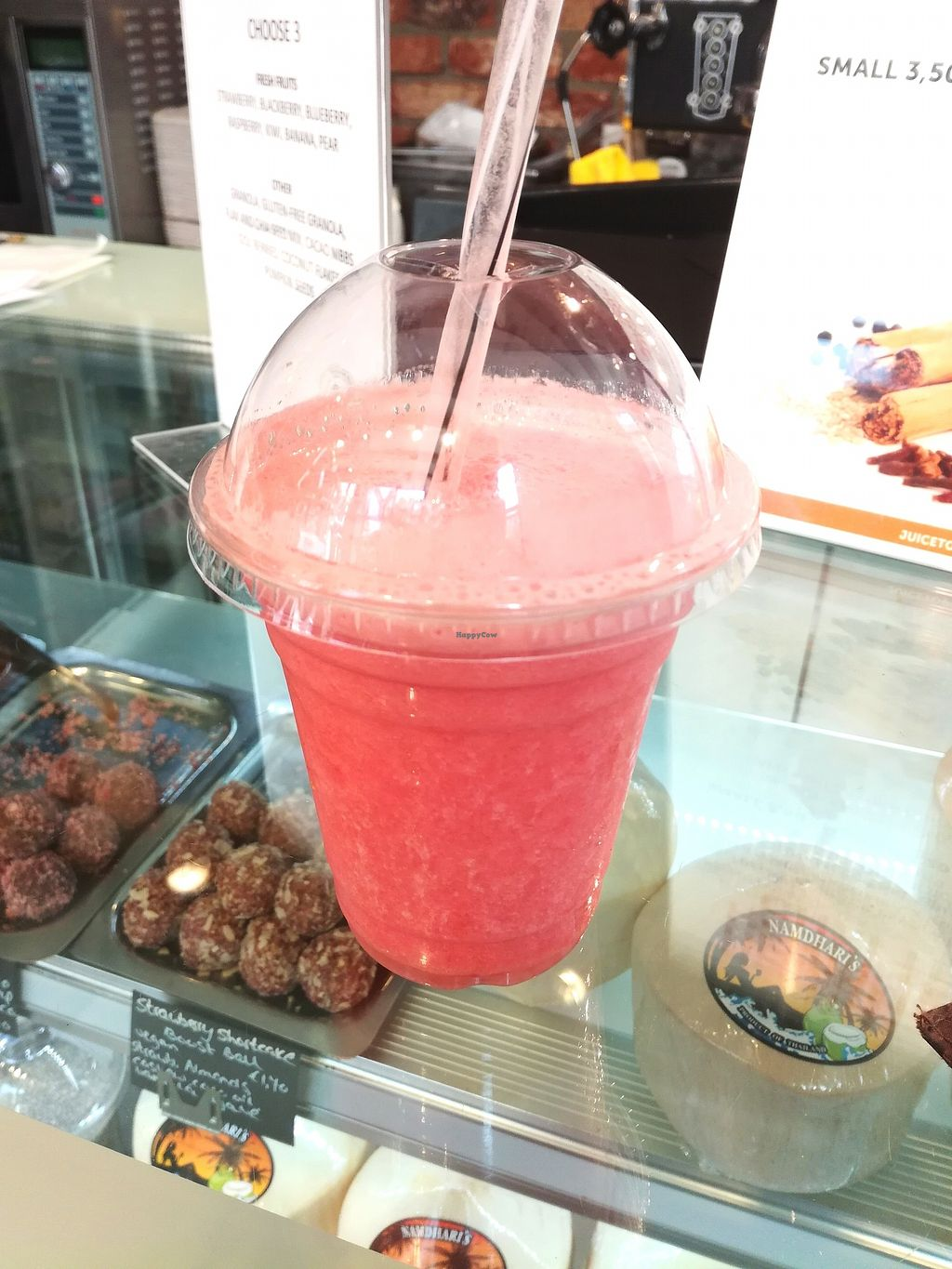 "Photo of Coco's Corner Shop  by <a href=""/members/profile/happyowl"">happyowl</a> <br/>Fresh smoothie with watermelon and pineapple <br/> September 2, 2017  - <a href='/contact/abuse/image/60408/300198'>Report</a>"