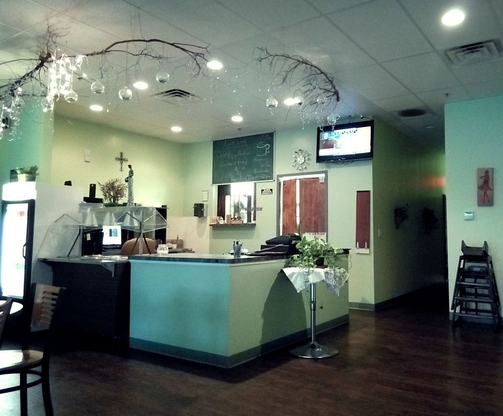 """Photo of CLOSED: Kingsway African and Carribean Cuisine  by <a href=""""/members/profile/LuluLovin"""">LuluLovin</a> <br/>Beautiful Decor! <br/> October 5, 2016  - <a href='/contact/abuse/image/60416/179887'>Report</a>"""