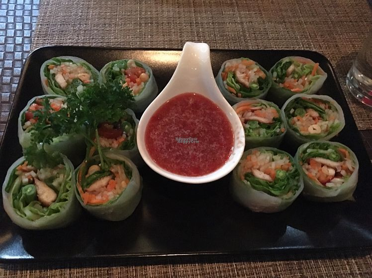 """Photo of Table Thai Bar & Bistro  by <a href=""""/members/profile/Charmingdaisy"""">Charmingdaisy</a> <br/>papaya roll  <br/> October 17, 2016  - <a href='/contact/abuse/image/60456/182577'>Report</a>"""