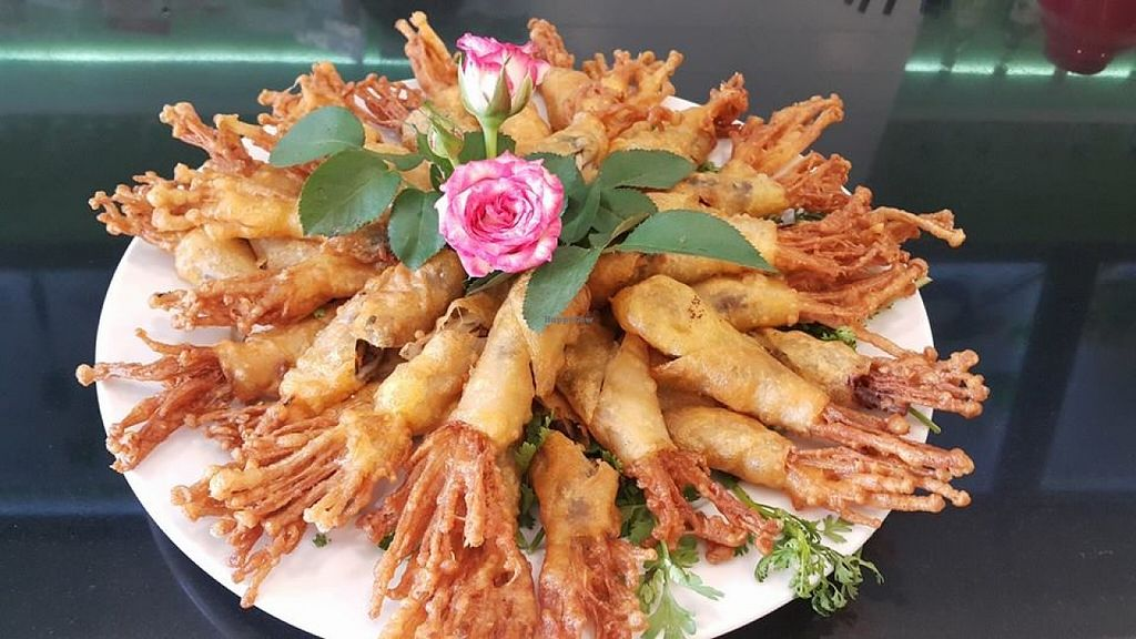 """Photo of Hieu Sinh Vegetarian Restaurant  by <a href=""""/members/profile/minhhieusinh"""">minhhieusinh</a> <br/>Fried enoki mushroom <br/> October 16, 2015  - <a href='/contact/abuse/image/60469/121449'>Report</a>"""