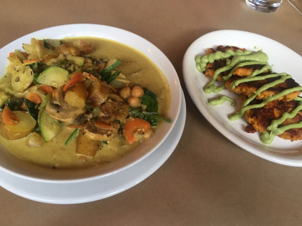 """Photo of 21 Oak  by <a href=""""/members/profile/Dadoofish"""">Dadoofish</a> <br/>Coconut curry with a side of sweet potato cakes.  <br/> June 8, 2016  - <a href='/contact/abuse/image/60480/153004'>Report</a>"""