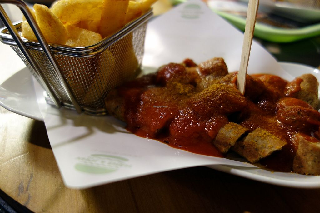 "Photo of Hans und John   by <a href=""/members/profile/DusselDaene"">DusselDaene</a> <br/>Vegan tofu sausage in curry sauce with chips 'Currywurst mit Pommes' <br/> November 19, 2015  - <a href='/contact/abuse/image/60575/125502'>Report</a>"