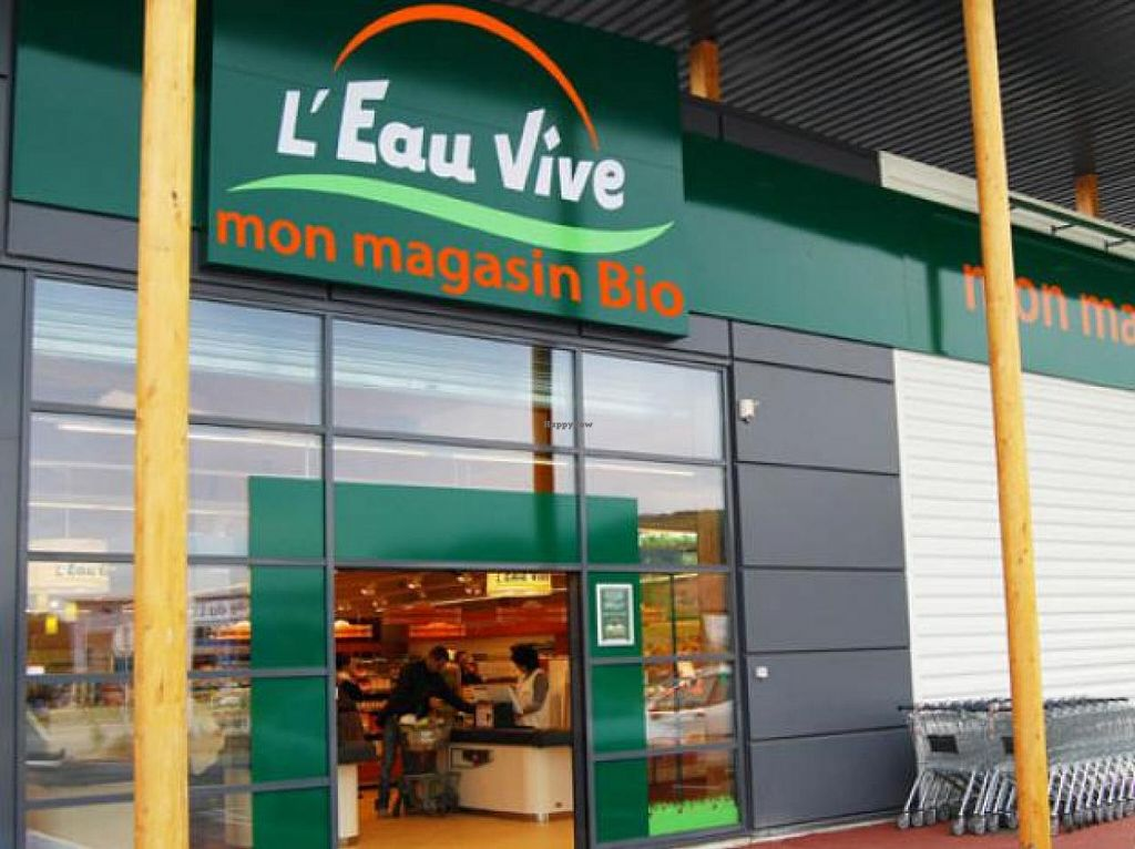 """Photo of L'Eau Vive  by <a href=""""/members/profile/community"""">community</a> <br/>L'Eau Vive <br/> July 15, 2015  - <a href='/contact/abuse/image/60635/109457'>Report</a>"""