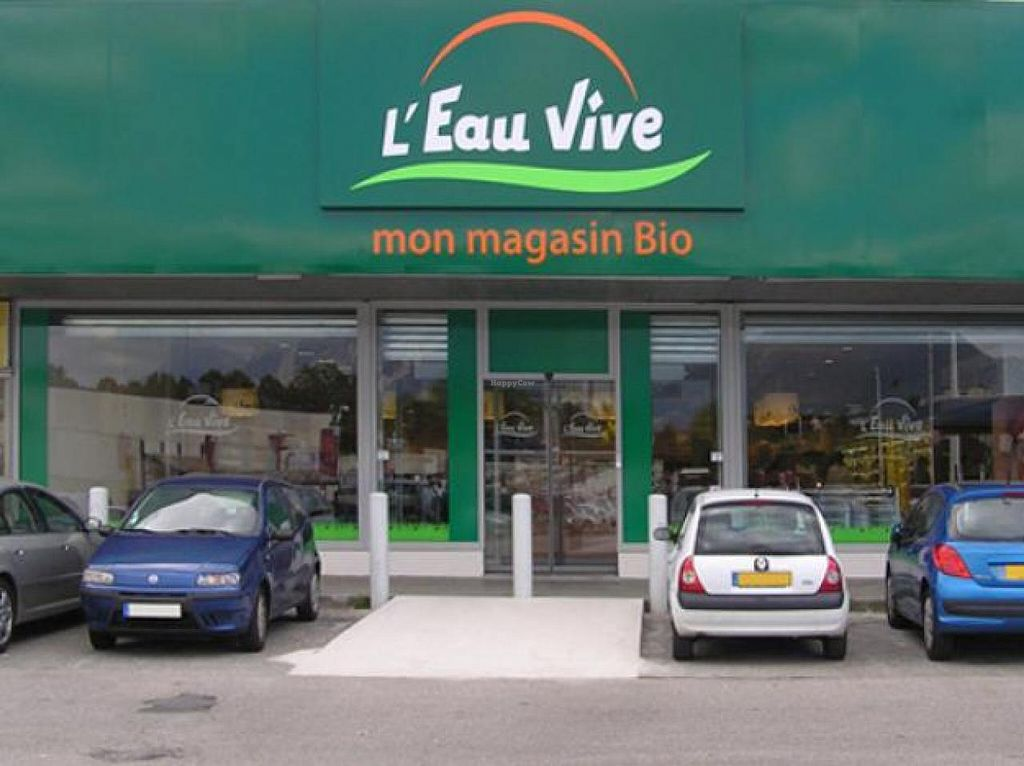 """Photo of L'Eau Vive  by <a href=""""/members/profile/community"""">community</a> <br/>L'Eau Vive <br/> July 15, 2015  - <a href='/contact/abuse/image/60637/109459'>Report</a>"""