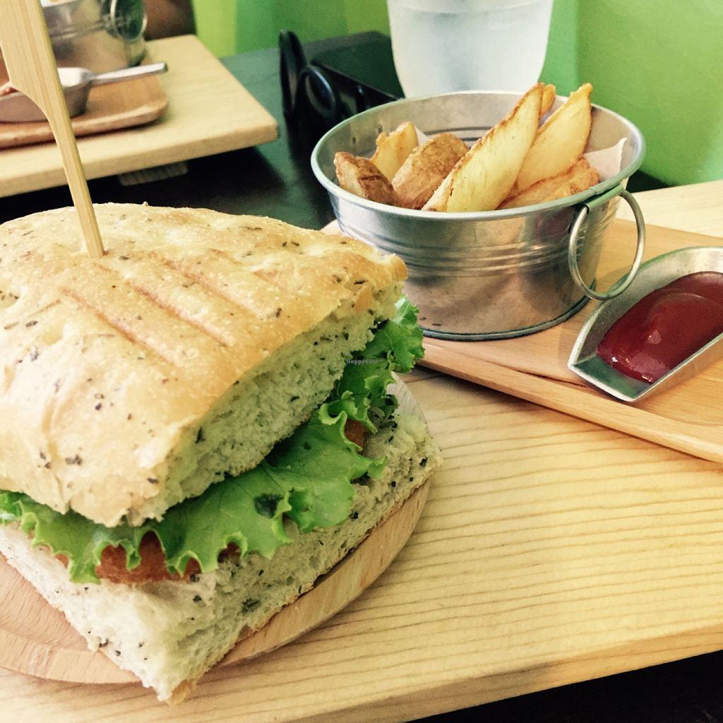 """Photo of Veggiegrill  by <a href=""""/members/profile/StephieLin"""">StephieLin</a> <br/>focaccia hashbrown  <br/> September 5, 2015  - <a href='/contact/abuse/image/60714/116515'>Report</a>"""