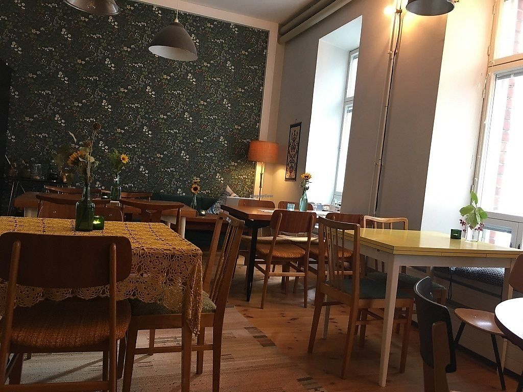 """Photo of Hunaja Cafe  by <a href=""""/members/profile/SP"""">SP</a> <br/>seating area <br/> October 10, 2017  - <a href='/contact/abuse/image/60716/313819'>Report</a>"""
