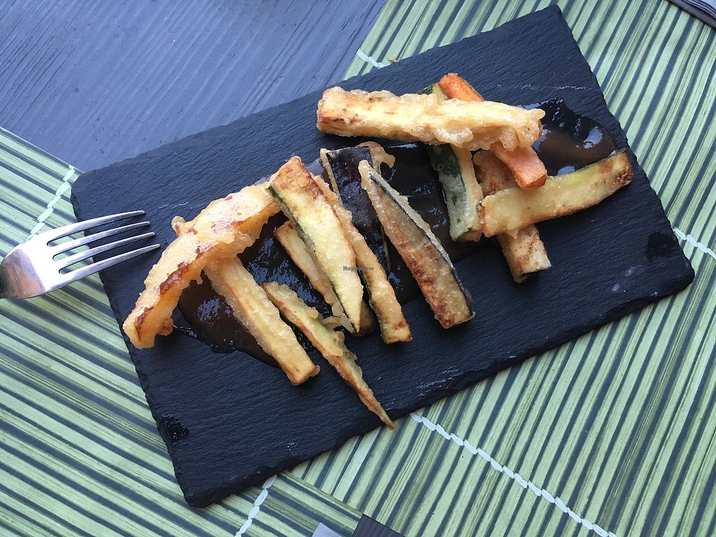 "Photo of Cavoli Nostri  by <a href=""/members/profile/wr21"">wr21</a> <br/>vegetable tempura <br/> July 15, 2017  - <a href='/contact/abuse/image/60728/280549'>Report</a>"