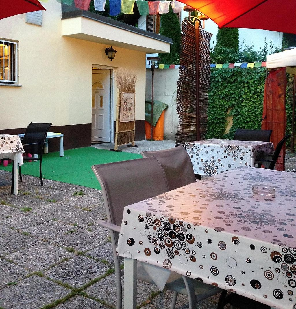 """Photo of Maharaja  by <a href=""""/members/profile/FenVegan"""">FenVegan</a> <br/>Outside seating, looks even better live! <br/> July 21, 2015  - <a href='/contact/abuse/image/60852/243817'>Report</a>"""