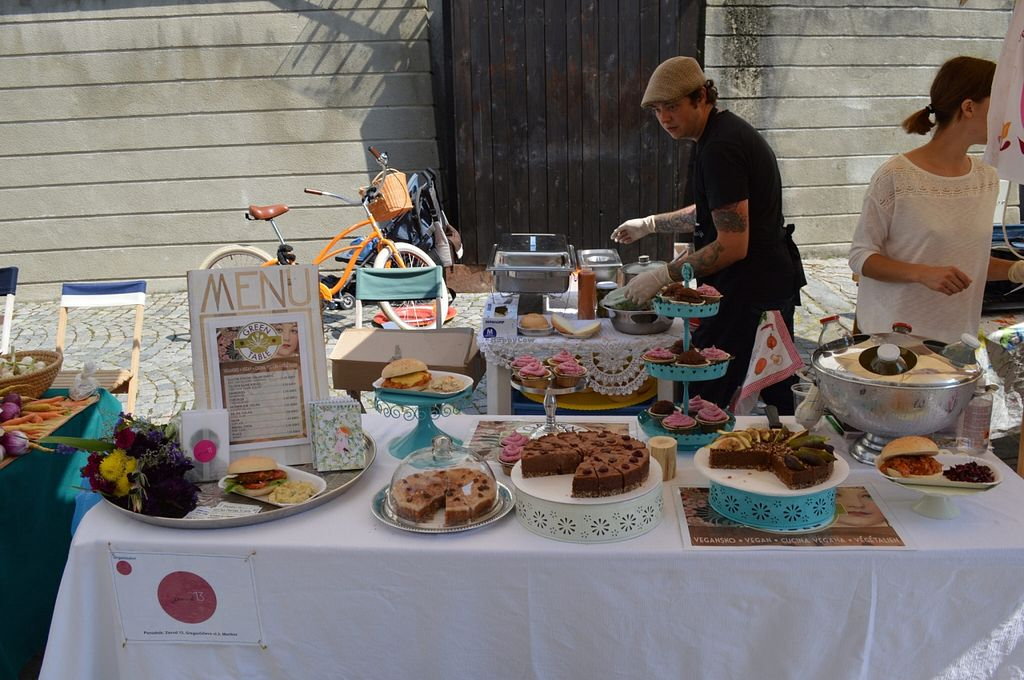 "Photo of Happy Raw Cake Company - Food Stall  by <a href=""/members/profile/shineonyou"">shineonyou</a> <br/>Happy Raw Cake Company stand at the farmers market <br/> October 29, 2015  - <a href='/contact/abuse/image/60868/123109'>Report</a>"
