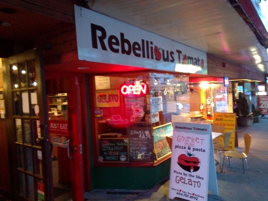 """Photo of CLOSED: Rebellious Tomato  by <a href=""""/members/profile/Ryecatcher"""">Ryecatcher</a> <br/>Viewed from street <br/> September 21, 2015  - <a href='/contact/abuse/image/60881/118688'>Report</a>"""