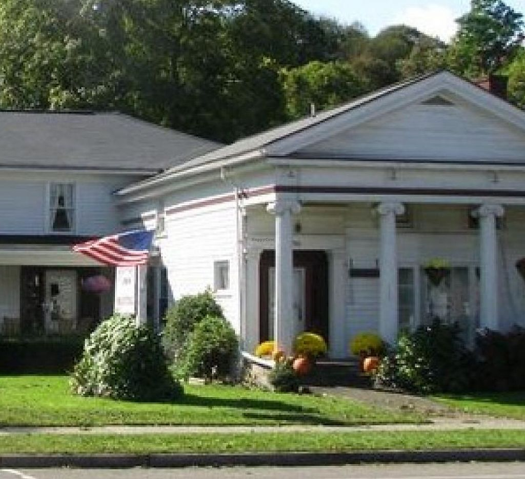 """Photo of Colonial Inn  by <a href=""""/members/profile/community"""">community</a> <br/>Colonial Inn <br/> July 21, 2015  - <a href='/contact/abuse/image/60919/213307'>Report</a>"""