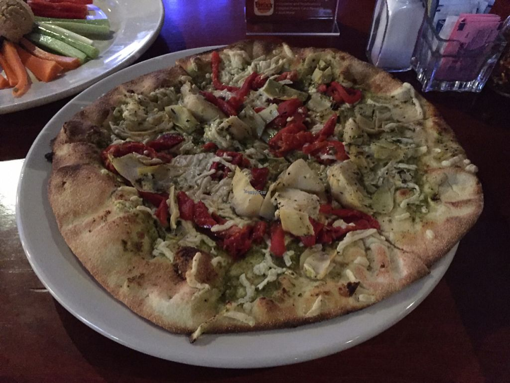 "Photo of Brixx Wood Fired Pizza - Uptown  by <a href=""/members/profile/rborquez"">rborquez</a> <br/>Artichoke Pizza <br/> December 1, 2016  - <a href='/contact/abuse/image/6096/196130'>Report</a>"