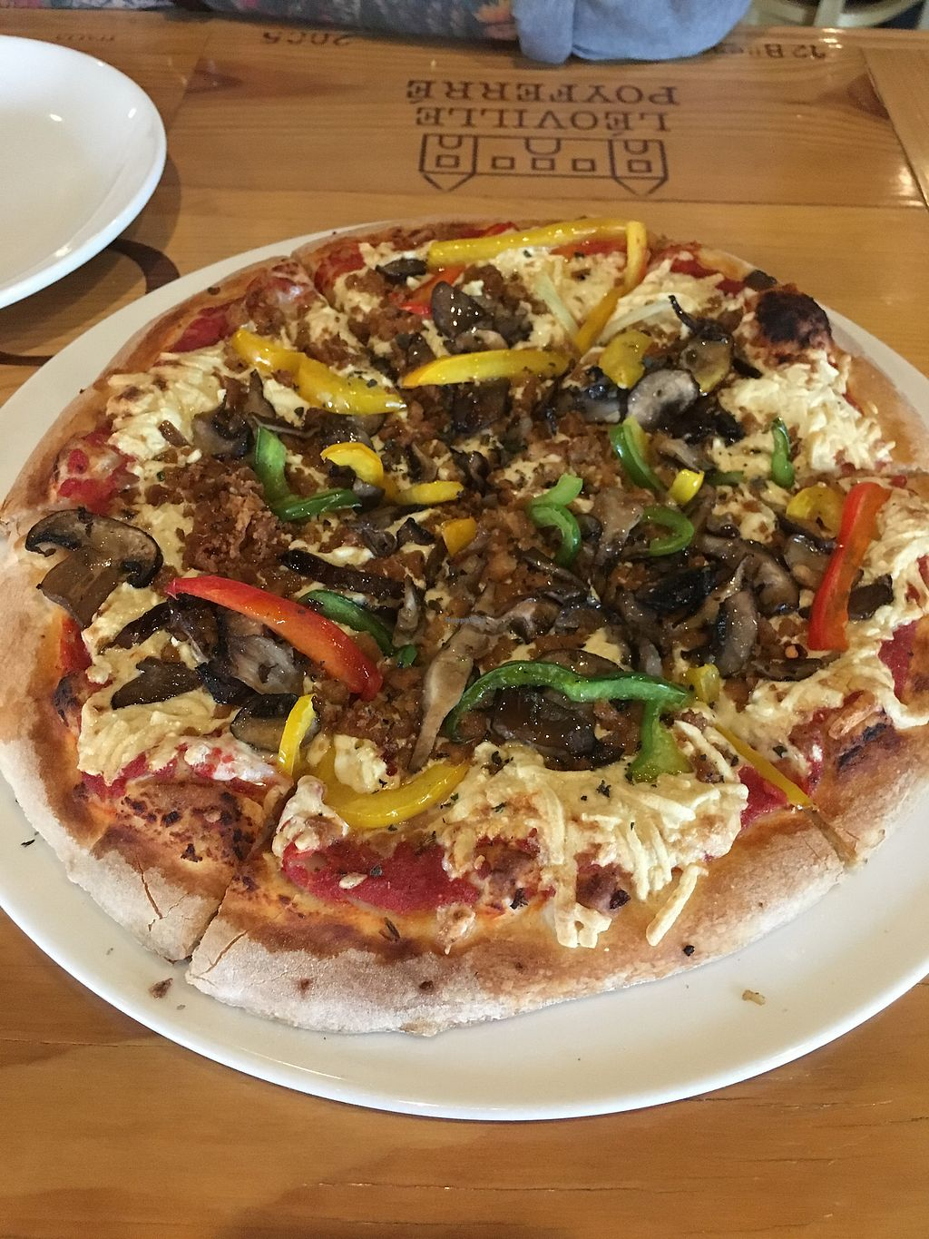 "Photo of Humble Wine Bar  by <a href=""/members/profile/veganrosebud"">veganrosebud</a> <br/>Vegan ""sausage"" pizza with an added assortment of mushrooms <br/> July 18, 2017  - <a href='/contact/abuse/image/61032/281650'>Report</a>"