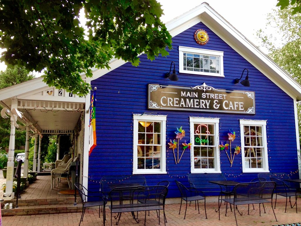 "Photo of Main Street Creamery and Cafe  by <a href=""/members/profile/Jeopardy"">Jeopardy</a> <br/>Love this place! <br/> July 28, 2015  - <a href='/contact/abuse/image/61094/111369'>Report</a>"