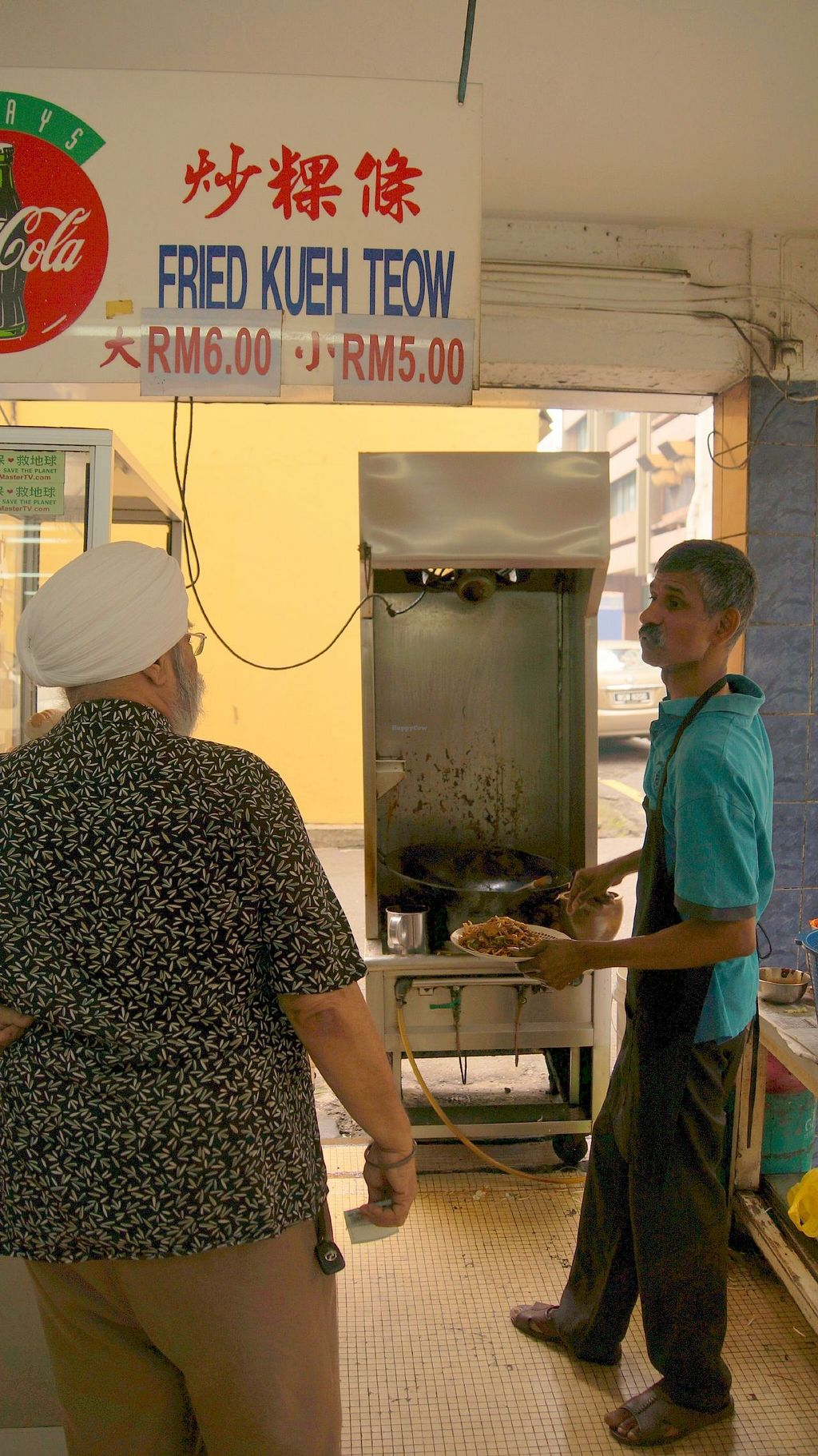 """Photo of Blue Boy Vegetarian Food Centre Stall  by <a href=""""/members/profile/nbhat"""">nbhat</a> <br/>Char Koay Teow preparation <br/> October 11, 2015  - <a href='/contact/abuse/image/6111/121052'>Report</a>"""
