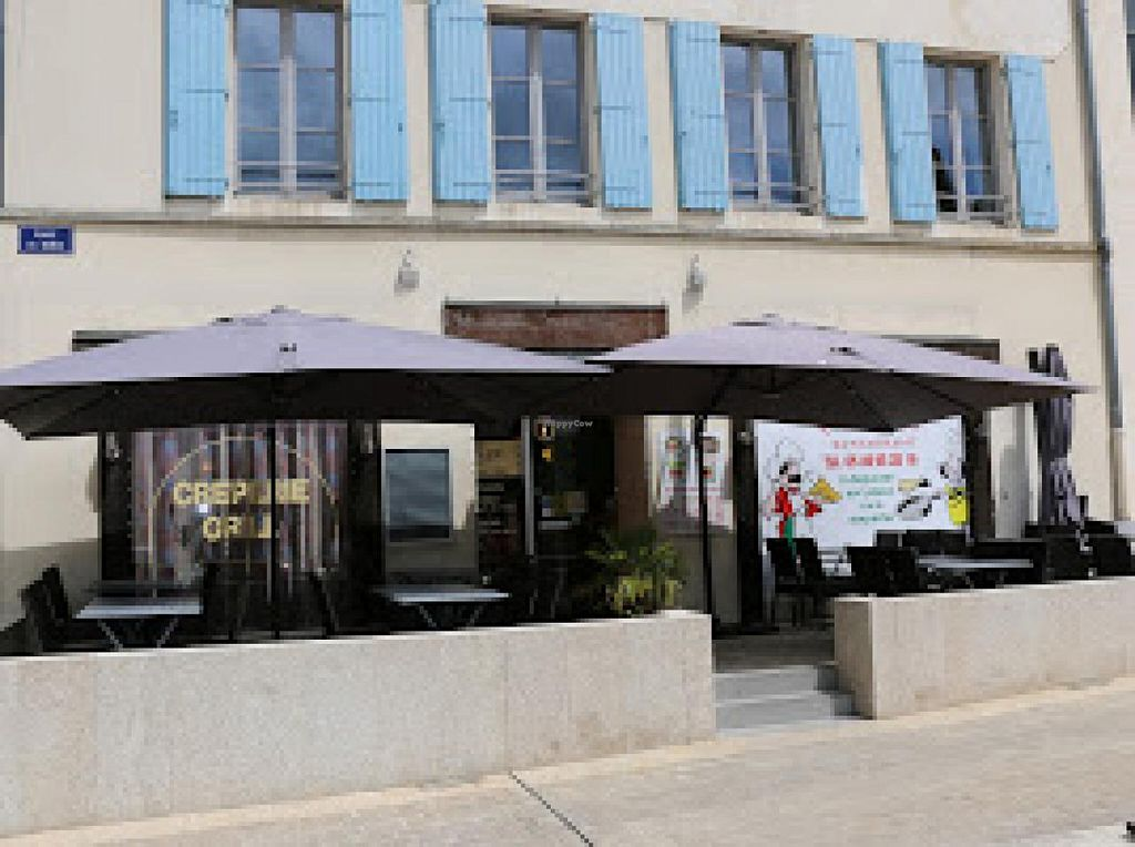 """Photo of Les Templiers  by <a href=""""/members/profile/floydflyte99"""">floydflyte99</a> <br/>Les Templiers restaurant, Parthenay <br/> July 27, 2015  - <a href='/contact/abuse/image/61146/111199'>Report</a>"""