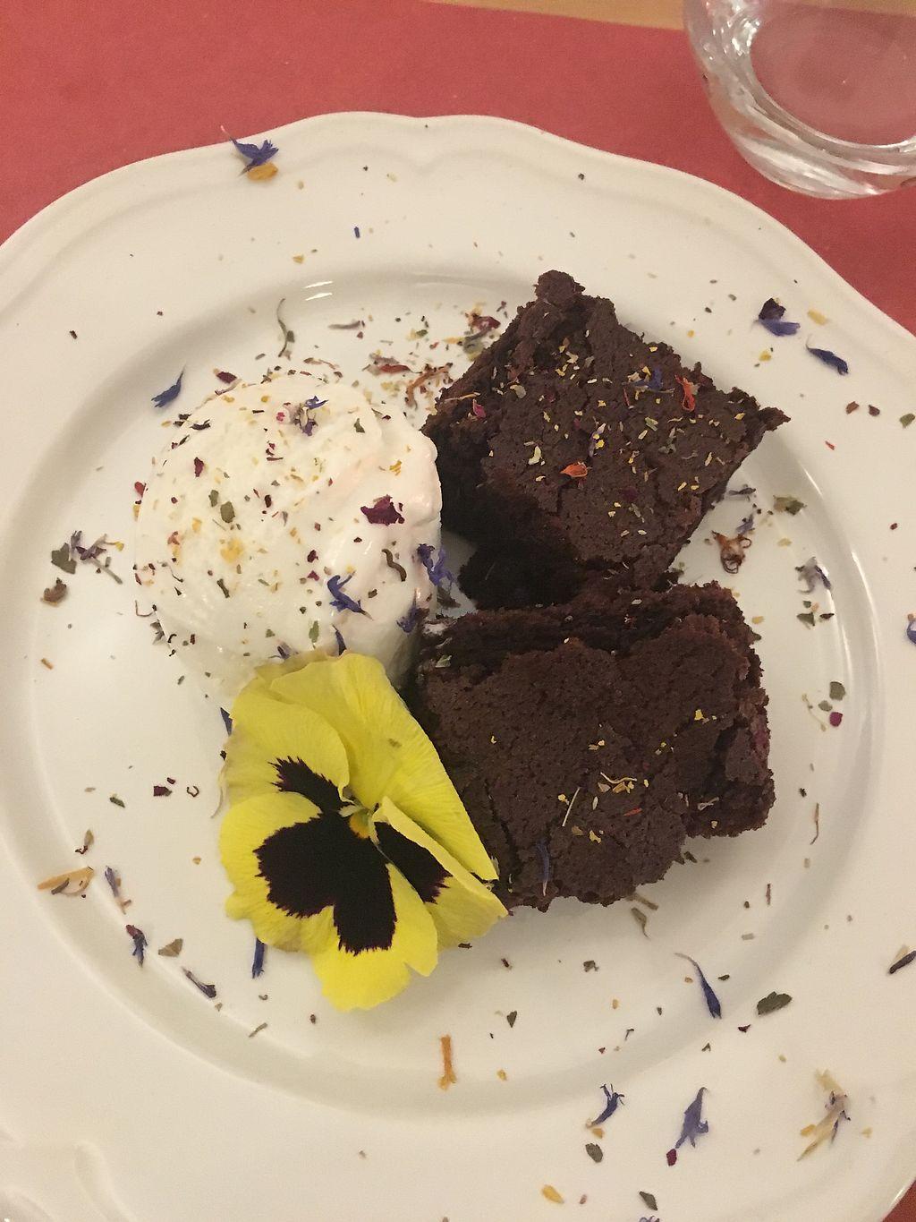 "Photo of GustosaMente Vegan  by <a href=""/members/profile/clap"">clap</a> <br/>Brownies 10/10 <br/> December 26, 2017  - <a href='/contact/abuse/image/61164/339232'>Report</a>"