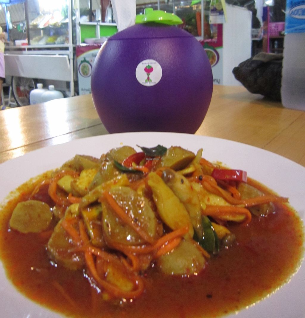 """Photo of CLOSED: Nam Mangosteen Thailand   by <a href=""""/members/profile/IanSmith"""">IanSmith</a> <br/>The food is very tasty and well presented here <br/> September 23, 2015  - <a href='/contact/abuse/image/61185/118820'>Report</a>"""
