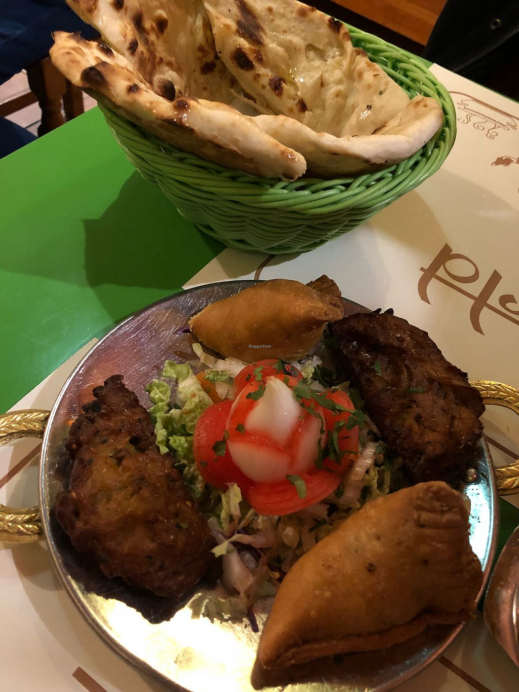"""Photo of Veg World India  by <a href=""""/members/profile/Lor-ah46"""">Lor-ah46</a> <br/>Sanidad y pakoras  <br/> March 18, 2018  - <a href='/contact/abuse/image/6119/372499'>Report</a>"""