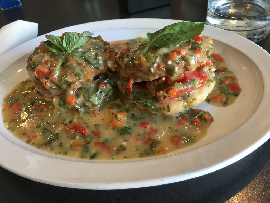 """Photo of Hackberry's Bistro  by <a href=""""/members/profile/Paigesterrs"""">Paigesterrs</a> <br/>(All vegan) Tomato, Avocado, Vegan Sausage and Pepper Gravy Sauce over Biscuits  <br/> September 10, 2017  - <a href='/contact/abuse/image/61261/302774'>Report</a>"""