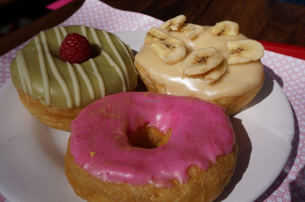 """Photo of CLOSED: Las Vegans  by <a href=""""/members/profile/Ricardo"""">Ricardo</a> <br/>Donuts <br/> April 17, 2016  - <a href='/contact/abuse/image/61291/144978'>Report</a>"""