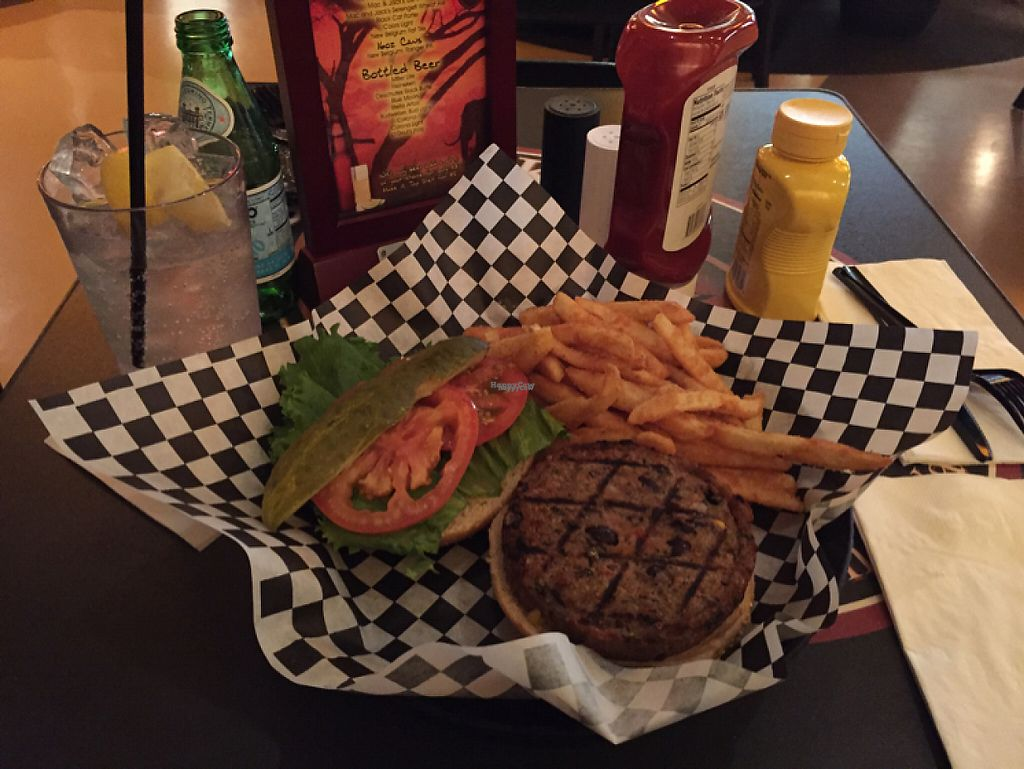 """Photo of REMOVED: Africa Lounge  by <a href=""""/members/profile/rborquez"""">rborquez</a> <br/>Veggie Burger <br/> November 30, 2016  - <a href='/contact/abuse/image/61332/195914'>Report</a>"""