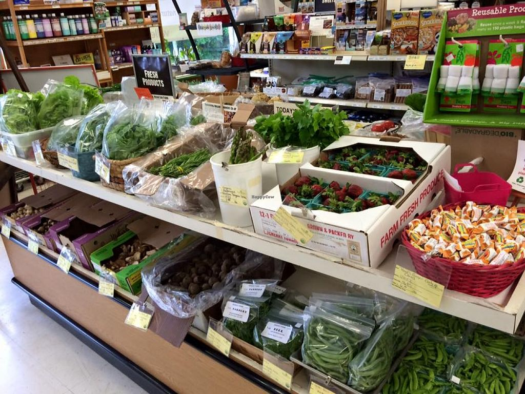 "Photo of Valley Co-op  by <a href=""/members/profile/community"">community</a> <br/>fresh products section  <br/> August 7, 2015  - <a href='/contact/abuse/image/61338/112666'>Report</a>"