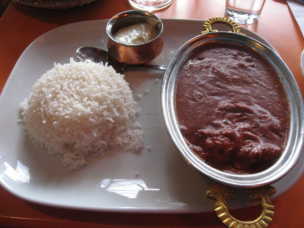 "Photo of Holy Cow - Soder  by <a href=""/members/profile/Sakuru"">Sakuru</a> <br/>Vegan tikka masala, raita and rice <br/> February 3, 2016  - <a href='/contact/abuse/image/61371/134825'>Report</a>"