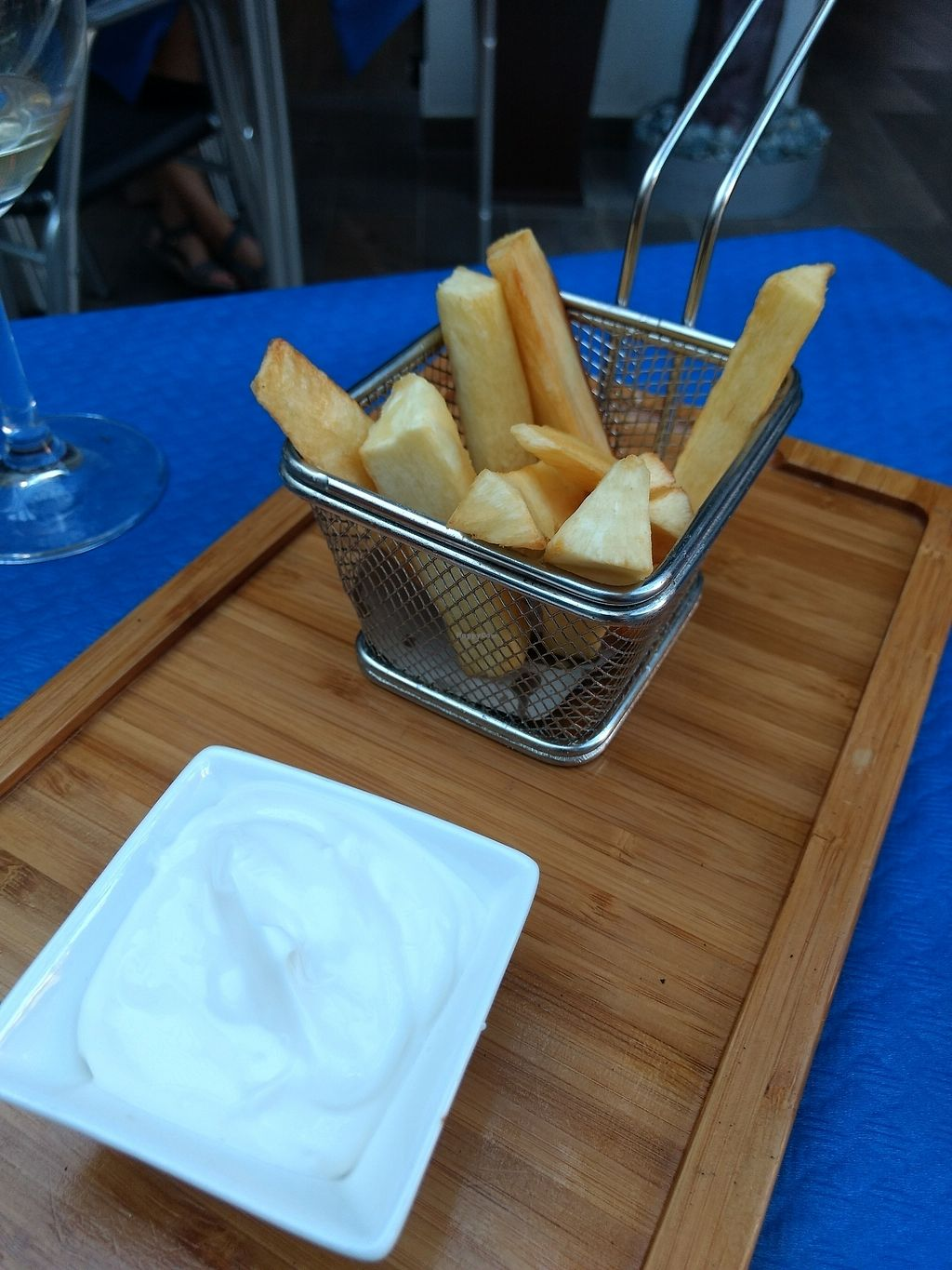 """Photo of Verdeando  by <a href=""""/members/profile/craigmc"""">craigmc</a> <br/>yuca fries <br/> July 9, 2017  - <a href='/contact/abuse/image/61415/278484'>Report</a>"""