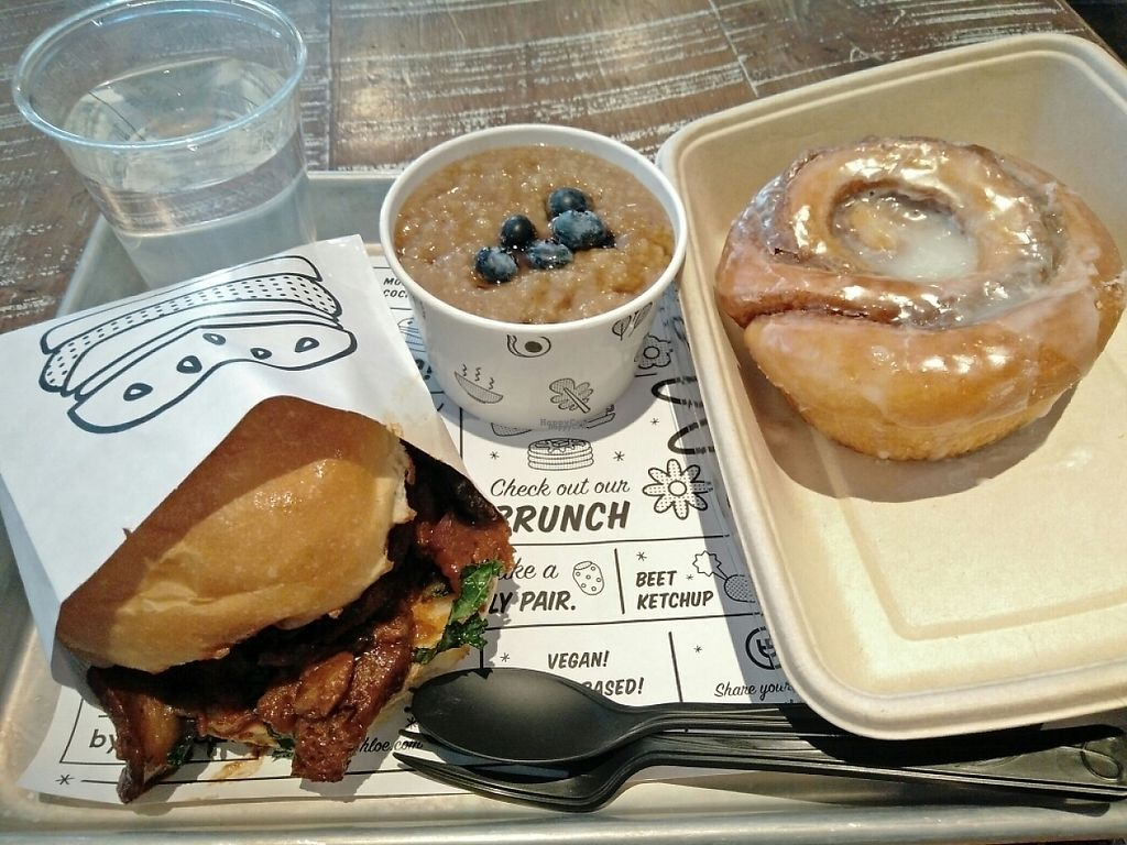 """Photo of By Chloe - Washington Square Park  by <a href=""""/members/profile/martinicontomate"""">martinicontomate</a> <br/>bbq mushroom burger, morning oats and cinnamon roll <br/> April 22, 2017  - <a href='/contact/abuse/image/61421/251095'>Report</a>"""