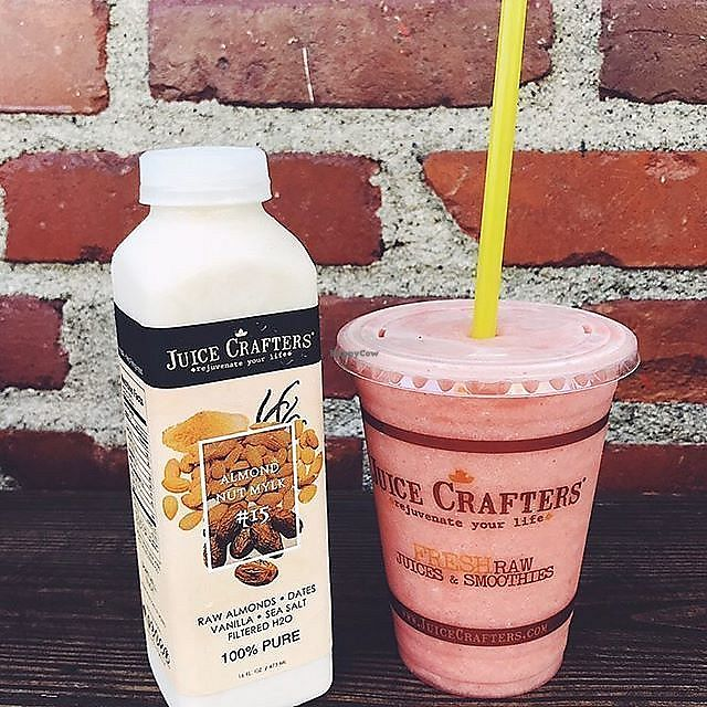 "Photo of Juice Crafters  by <a href=""/members/profile/JuiceCrafters"">JuiceCrafters</a> <br/>VENICE COVE (Right) – strawberries, dried cranberries, apple & pineapple <br/> December 11, 2017  - <a href='/contact/abuse/image/61480/334517'>Report</a>"