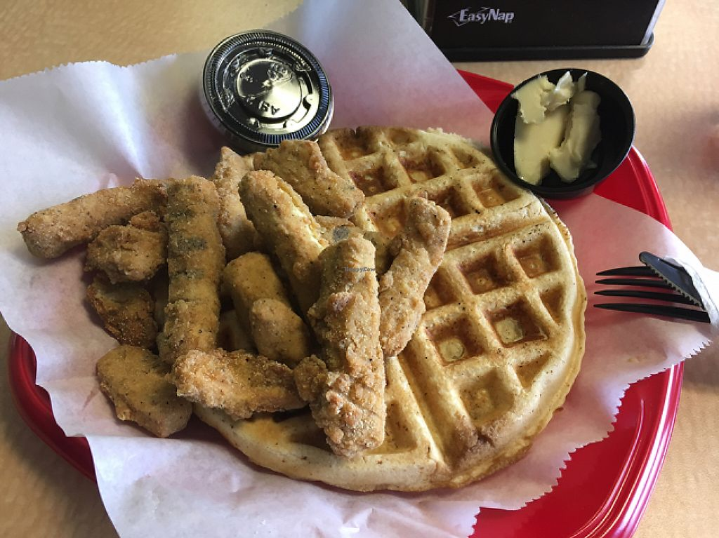 """Photo of Viva La Vegan  by <a href=""""/members/profile/monisonfire"""">monisonfire</a> <br/>chick'n'waffle <br/> May 4, 2017  - <a href='/contact/abuse/image/61498/255444'>Report</a>"""