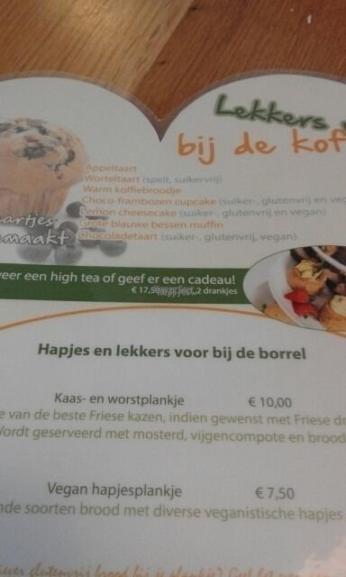 """Photo of Broodje Bewust  by <a href=""""/members/profile/v_mdj"""">v_mdj</a> <br/>cakes and vegan 'hapjesplank' on menu <br/> August 27, 2016  - <a href='/contact/abuse/image/61543/171835'>Report</a>"""