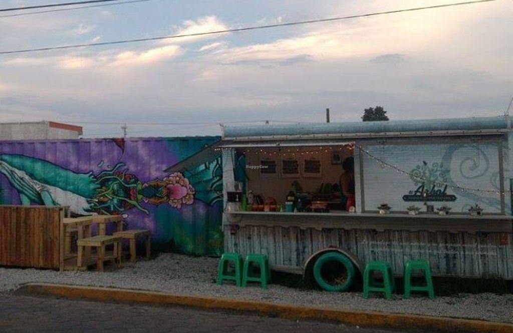 "Photo of El Arbol Taqueria Vegetariana - Food Truck  by <a href=""/members/profile/community"">community</a> <br/>El Arbol Taqueria Vegetariana <br/> August 5, 2015  - <a href='/contact/abuse/image/61564/112420'>Report</a>"