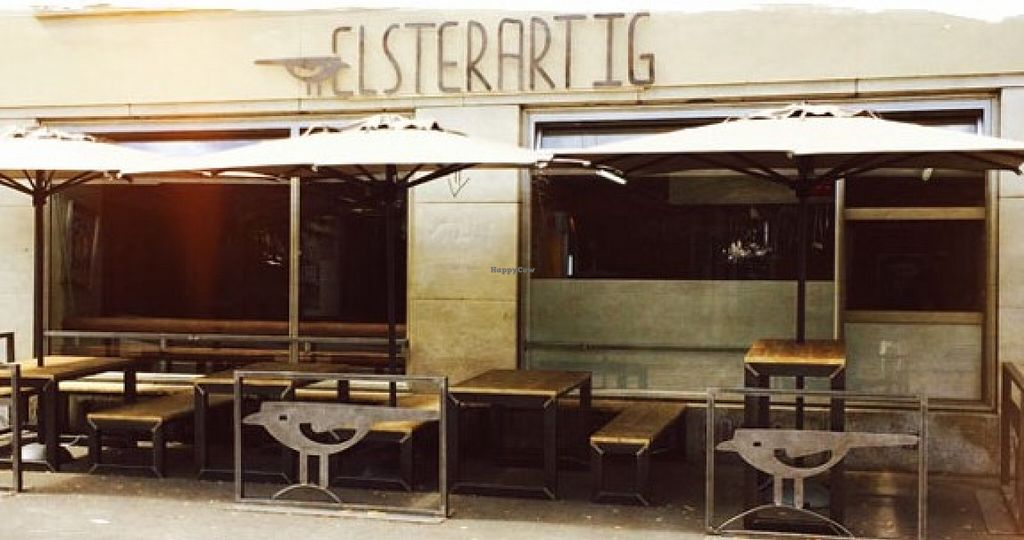 """Photo of Elsterartig  by <a href=""""/members/profile/community"""">community</a> <br/>ELSTERARTIG <br/> August 21, 2015  - <a href='/contact/abuse/image/61624/114530'>Report</a>"""
