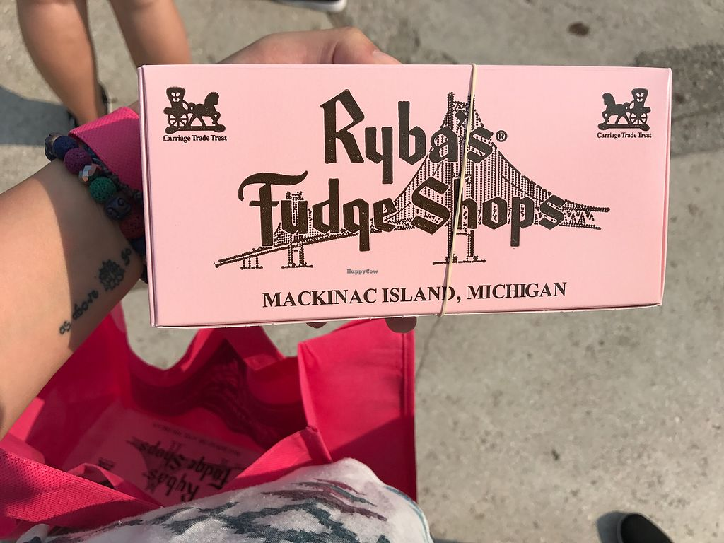 "Photo of Ryba's Fudge Shop  by <a href=""/members/profile/WandaBeydoun"">WandaBeydoun</a> <br/>Vegan Fudge! <br/> August 19, 2017  - <a href='/contact/abuse/image/61635/294499'>Report</a>"