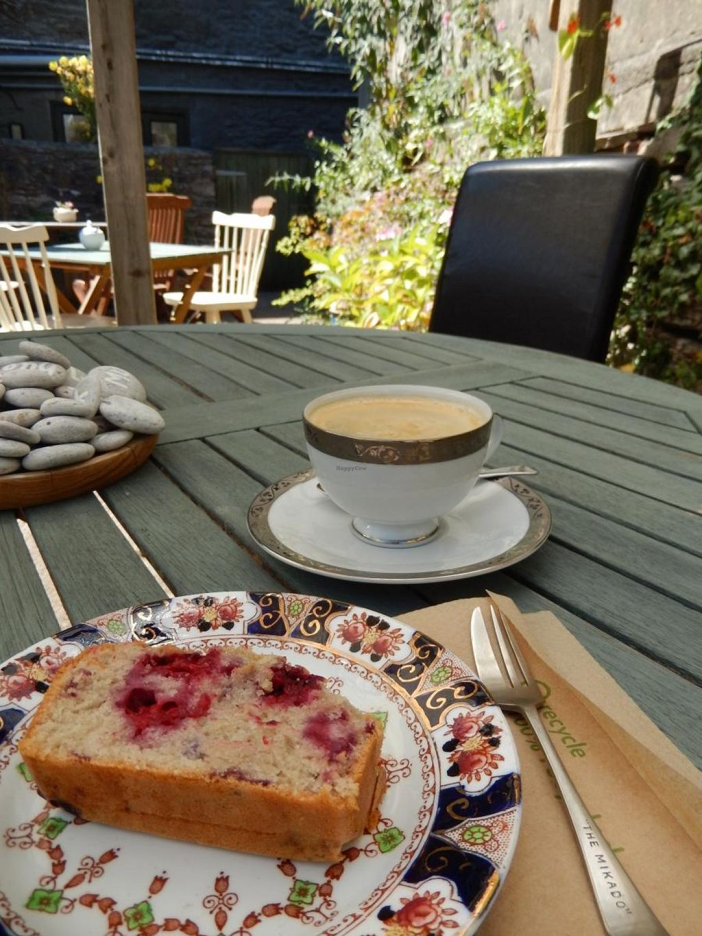 """Photo of Oats Healthy Living Store  by <a href=""""/members/profile/CLRtraveller"""">CLRtraveller</a> <br/>vegan berry cake <br/> August 9, 2015  - <a href='/contact/abuse/image/61674/112825'>Report</a>"""
