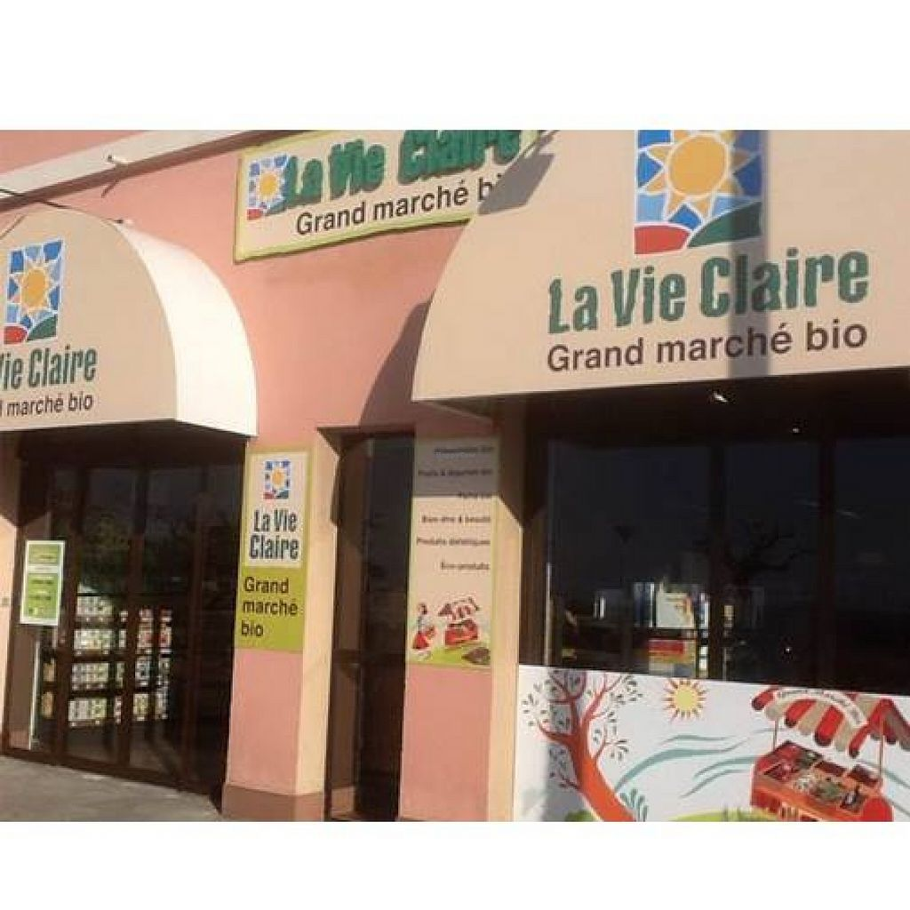 """Photo of La Vie Claire  by <a href=""""/members/profile/community"""">community</a> <br/> La Vie Claire <br/> August 21, 2015  - <a href='/contact/abuse/image/61681/114532'>Report</a>"""