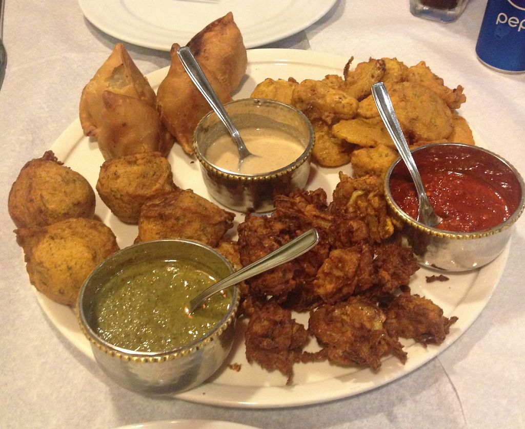 """Photo of Chakra Jone  by <a href=""""/members/profile/kaminoge"""">kaminoge</a> <br/>Vegetarian shared platter as a starter. Be warned. It's a LOT of food <br/> August 13, 2015  - <a href='/contact/abuse/image/61684/235164'>Report</a>"""