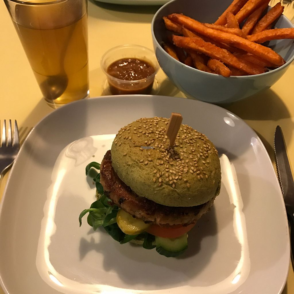 """Photo of CLOSED: Feel Food  by <a href=""""/members/profile/MCN"""">MCN</a> <br/>The weerburger with sweet potatoe fries and sate sauce, washed down with a pommegranate green tea! Delish!!! <br/> April 9, 2017  - <a href='/contact/abuse/image/61692/246192'>Report</a>"""