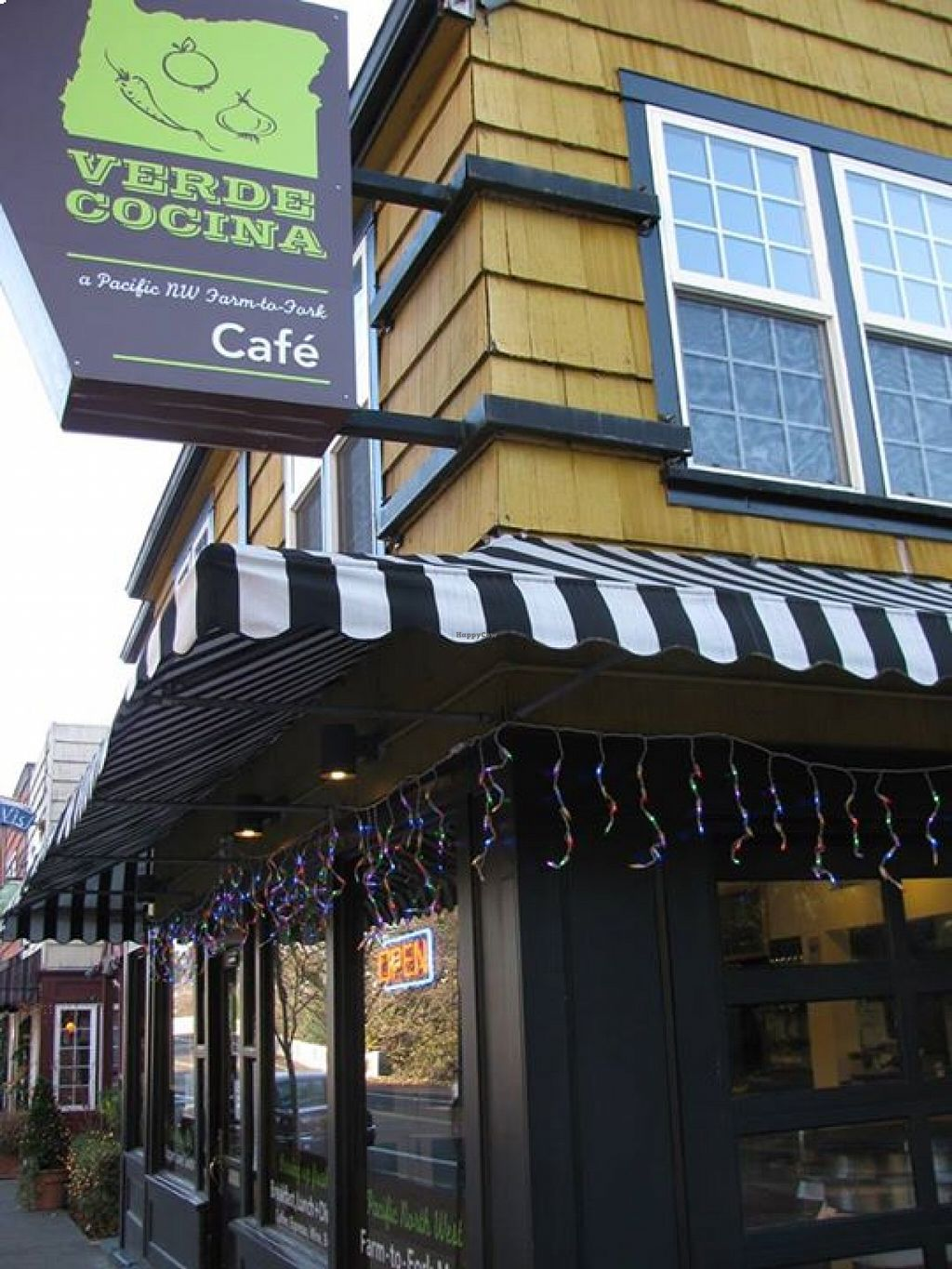 "Photo of Verde Cocina  by <a href=""/members/profile/community"">community</a> <br/>Verde Cocina <br/> August 18, 2015  - <a href='/contact/abuse/image/61717/114187'>Report</a>"