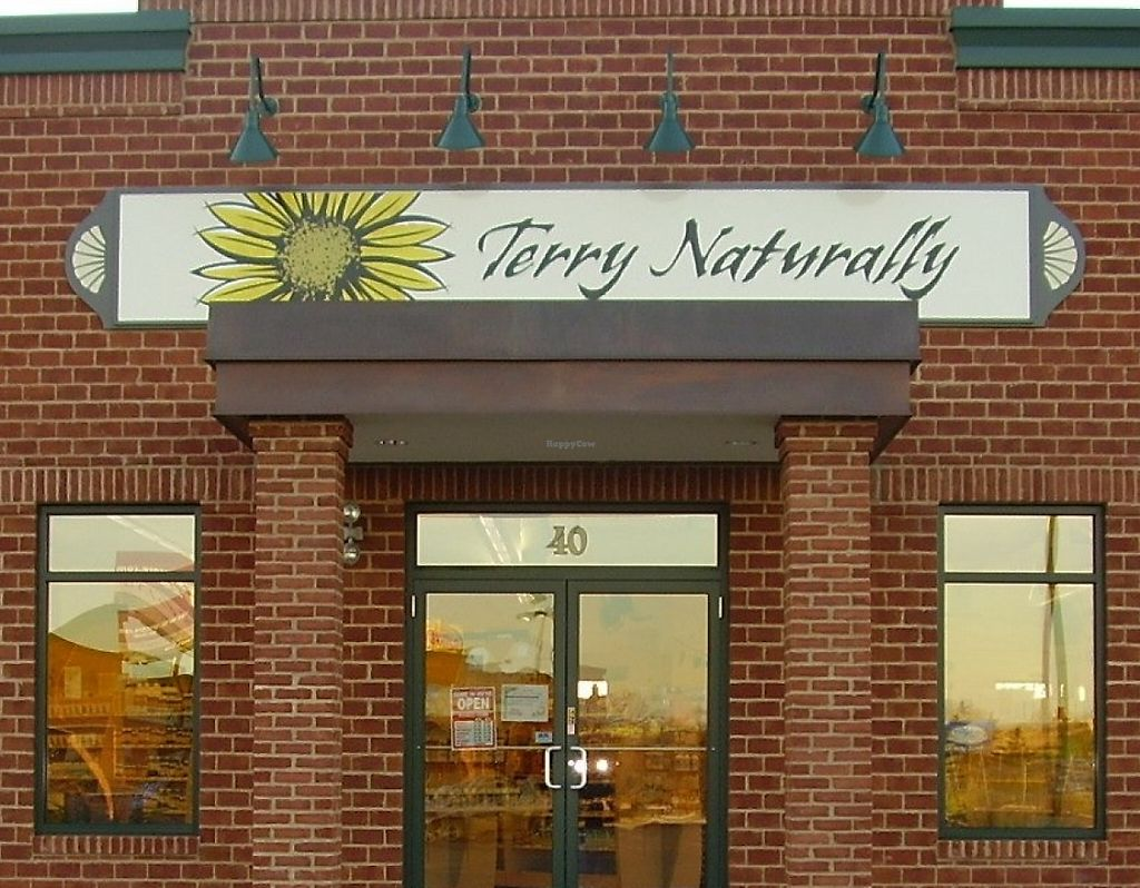 """Photo of Terry Naturally  by <a href=""""/members/profile/LexiAtTerryNaturally"""">LexiAtTerryNaturally</a> <br/>The exterior of our store located at 2625 Development Drive Suite #40 in Green Bay, WI. Come visit! We have a great selection of supplements, health foods, beauty and skin care products and more! We would love to show you around! <br/> August 10, 2015  - <a href='/contact/abuse/image/61733/233741'>Report</a>"""