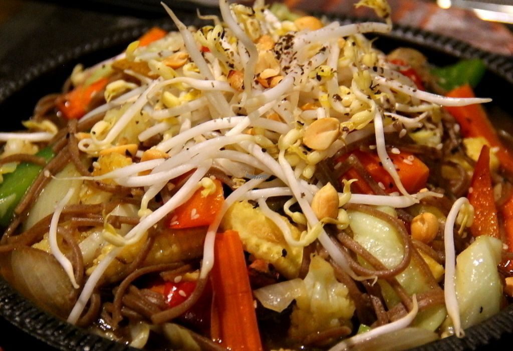 """Photo of CLOSED: Banlle Vegetarian Restaurant  by <a href=""""/members/profile/reissausta%20ja%20ruokaa"""">reissausta ja ruokaa</a> <br/>Pad thai.  <br/> December 17, 2016  - <a href='/contact/abuse/image/61795/202266'>Report</a>"""