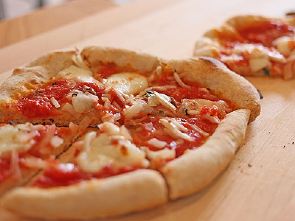"""Photo of En.Gawa  by <a href=""""/members/profile/LisaCupcake"""">LisaCupcake</a> <br/>Pizza on homemade crust. Can be vegetarian or vegan (upon advance request) with toppings such as mixed mushrooms, baby potato slices in herb-infused oil, roasted bell peppers/eggplant <br/> August 17, 2015  - <a href='/contact/abuse/image/61925/113947'>Report</a>"""