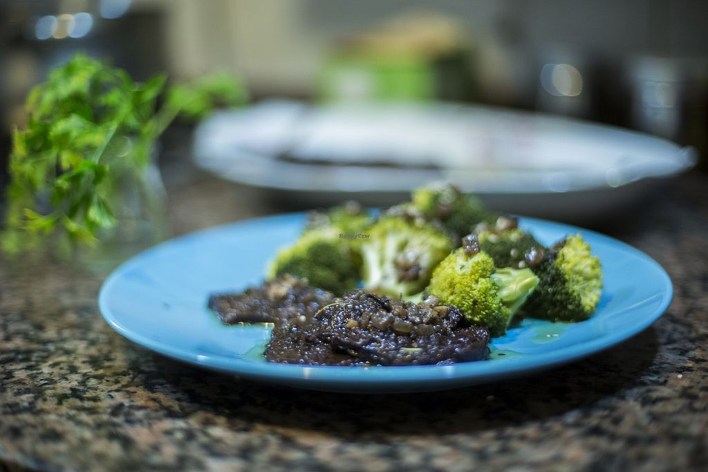 """Photo of A Cova Dos Ratos  by <a href=""""/members/profile/Serchs"""">Serchs</a> <br/>Seitan winestyle with brocoli <br/> February 3, 2016  - <a href='/contact/abuse/image/61983/134841'>Report</a>"""