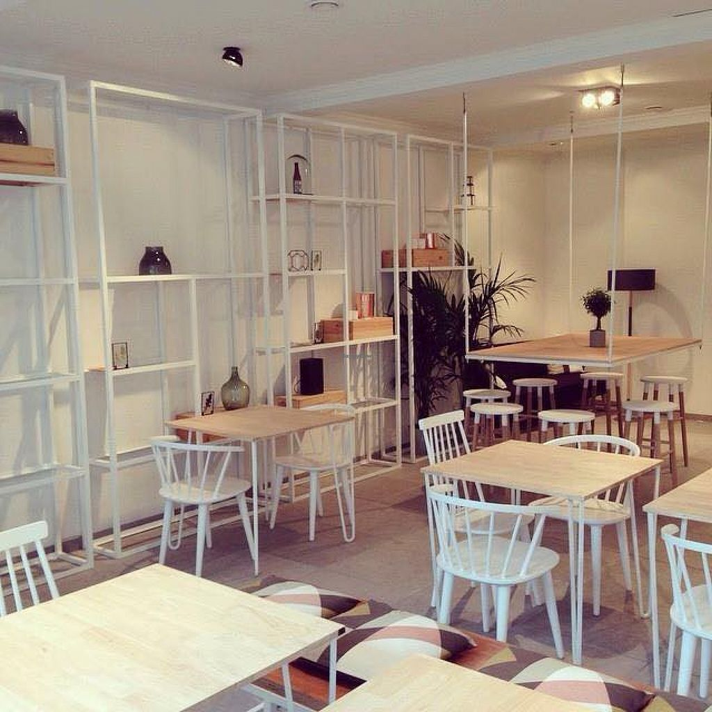 """Photo of Romain Roquette - The Salad Bar  by <a href=""""/members/profile/community"""">community</a> <br/>Romain Roquette - The Salad Bar  <br/> August 31, 2015  - <a href='/contact/abuse/image/62182/116053'>Report</a>"""